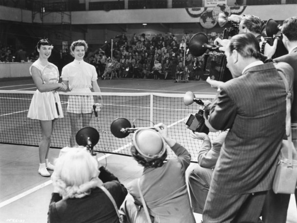 pat-and-mike-1952-001-photographers-tennis-00n-9zp